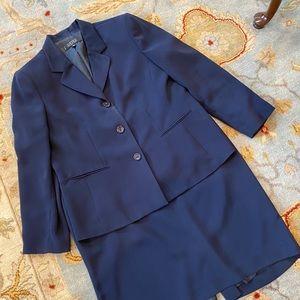 Kasper navy blue skirt suit